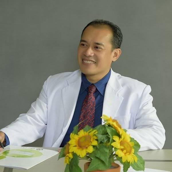 dr. I Gusti Made Febry Siswanto, Sp.OT
