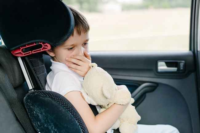 Bunda, Lakukan Hal Ini untuk Mencegah Mabuk Perjalanan pada Anak