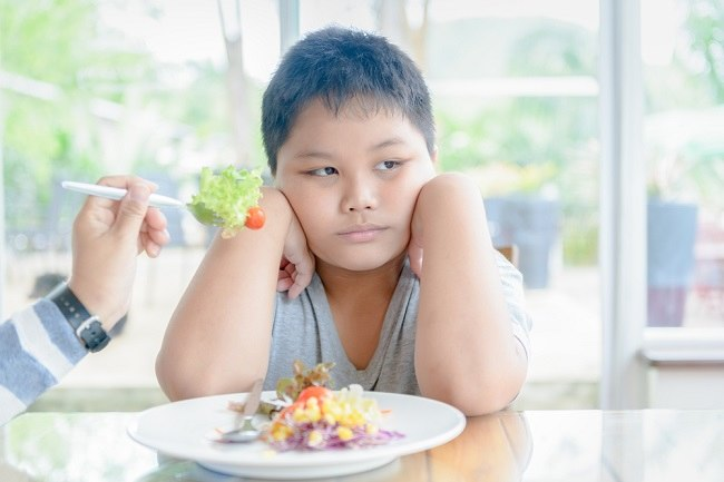 Jangan Panik, Ini Tips Atasi Anak Susah Makan setelah Sakit