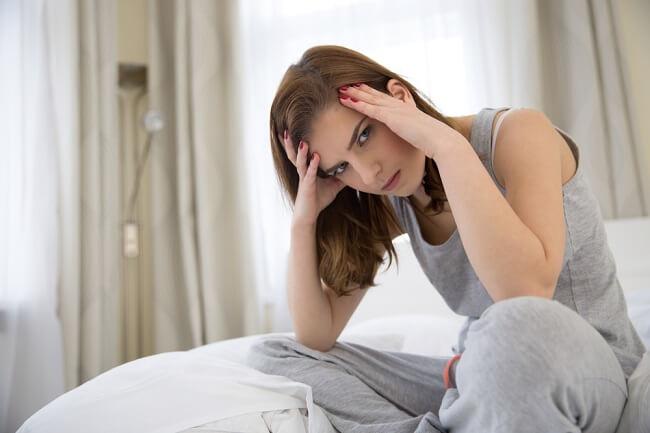 Agar Sakit Kepala Hormonal Tidak Mengganggu Aktivitasmu