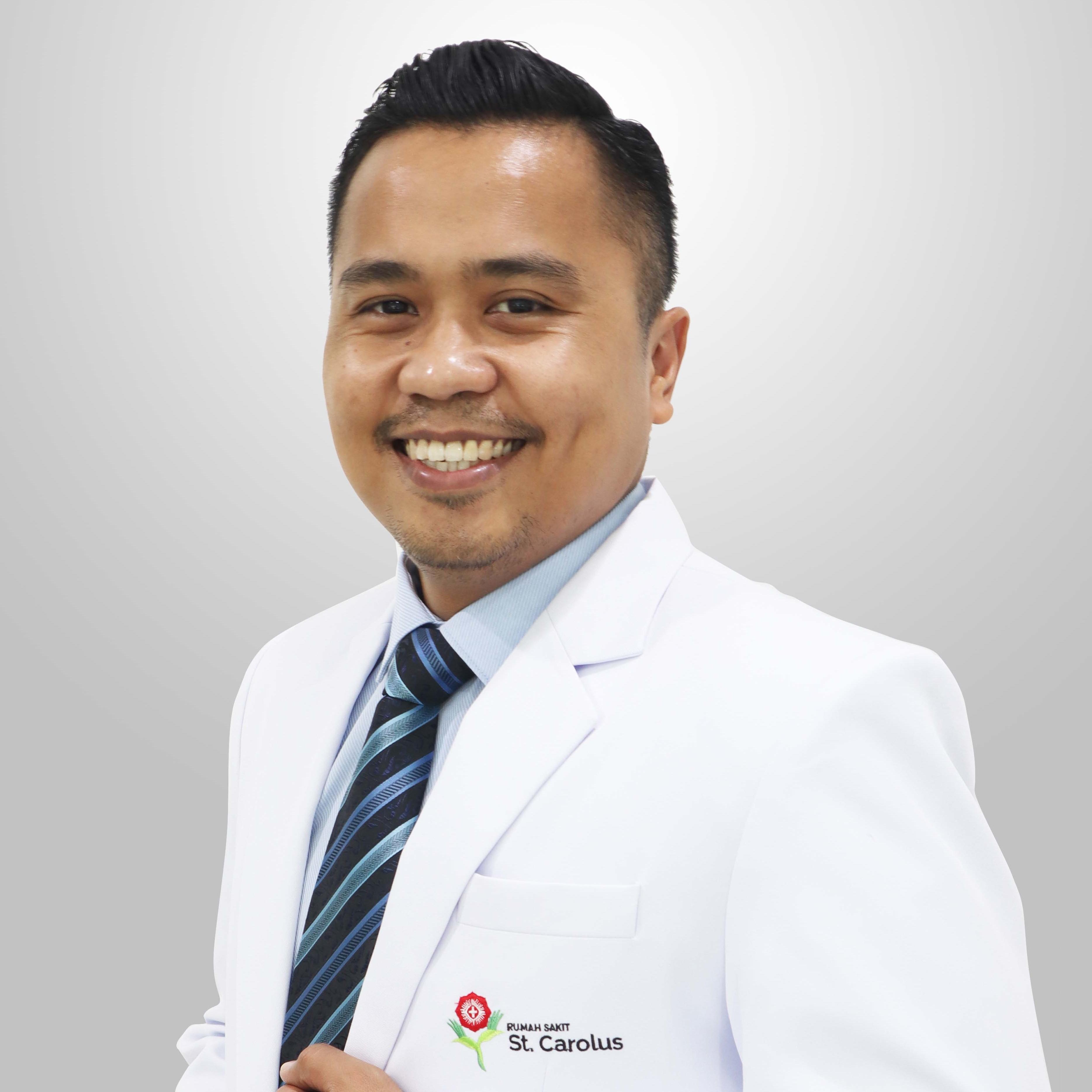dr. Hisar Daniel, Sp.M