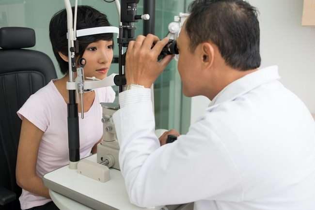 Kenali 8 Kelainan pada Mata yang Paling Umum Terjadi - Alodokter