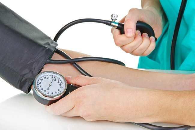 Tips Menjalani Puasa bagi Penderita Tekanan Darah Tinggi - Alodokter