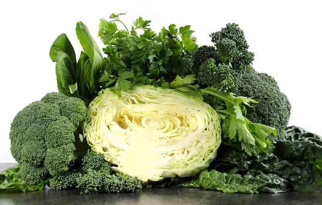 Ini Daftar Sayuran Hijau yang Harus Anda Konsumsi - Alodokter