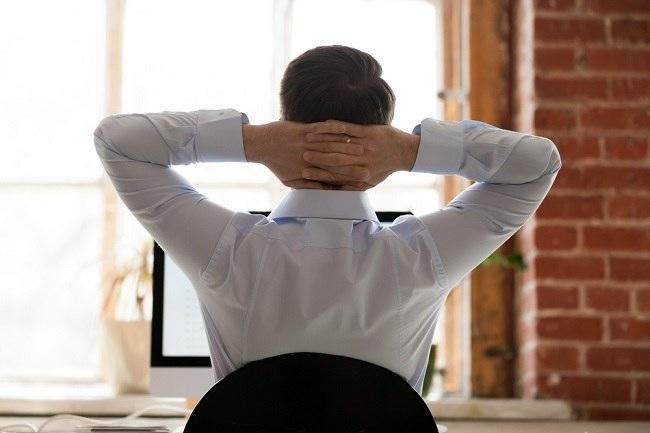 Awas 3K: Kram, Kebas, Kesemutan setelah Bekerja di Kantor dan Tips Mengatasinya - Alodokter