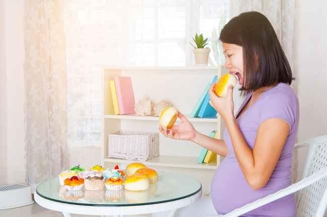 Yuk, Cari Tahu Lebih Lanjut tentang Gangguan Makan saat Hamil - Alodokter