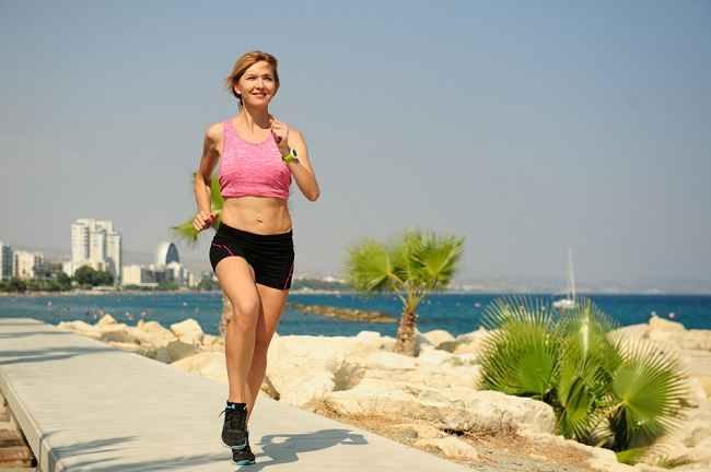 HIIT Bisa Menjadi Pilihan Olahraga untuk Kamu yang Sibuk - Alodokter