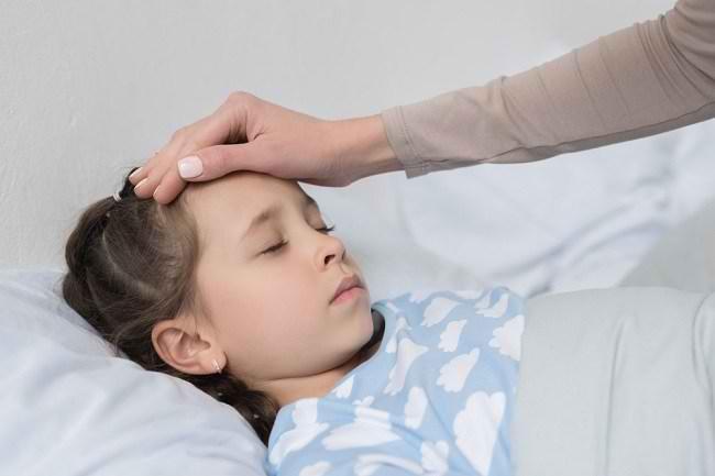 Kenali Gejala Demam Rematik pada Anak serta Cara Menanganinya - Alodokter