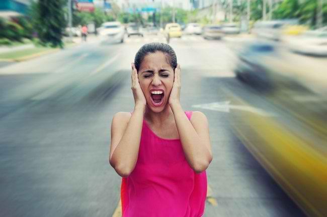 Dampak Buruk Polusi Suara Terhadap Kesehatan - Alodokter