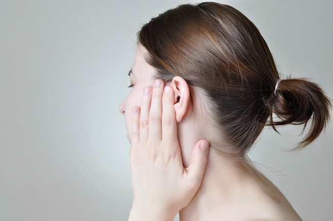 Ini Alasan di Balik Telinga Sakit saat Flu - Alodokter