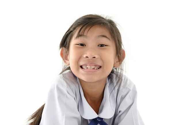 Cari Tahu Cara Mencegah Gigi Busuk pada Anak - Alodokter