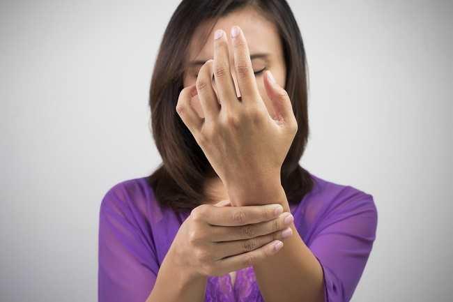 4 Jenis Benjolan Di Pergelangan Tangan Yang Umum Terjadi Alodokter