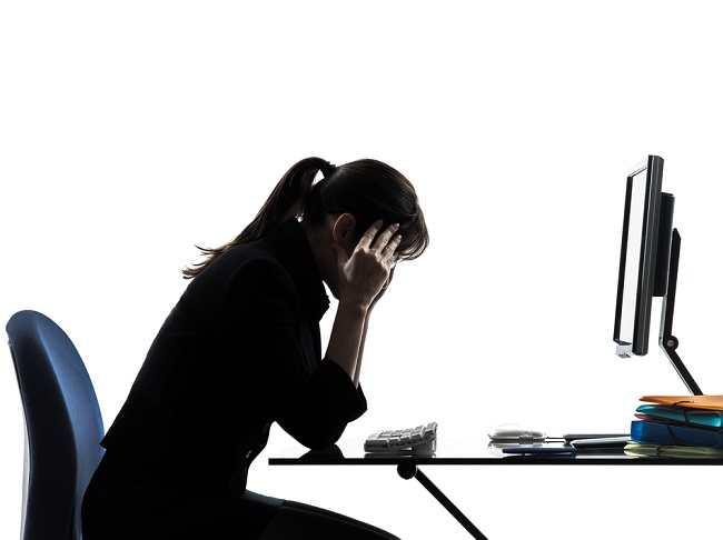 3 Jenis Sakit Kepala yang Sering Terjadi dan Cara Mengobatinya - Alodokter