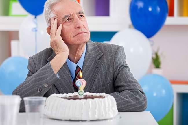 Pikun: Gejala Demensia yang Perlu Pengobatan - Alodokter