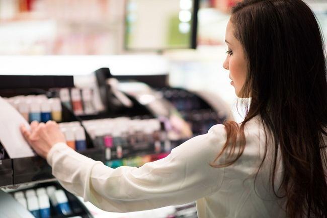 Cermat Memilih Kosmetik yang Aman saat Menyusui - Alodokter