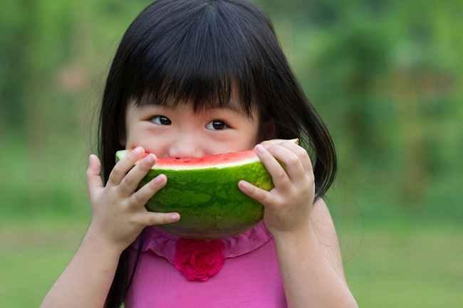 Jenis Makanan yang Disarankan dan Dihindari untuk Anak ADHD - Alodokter