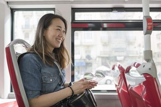 Ini Tips Aman Bepergian dengan Bus Saat Hamil - Alodokter