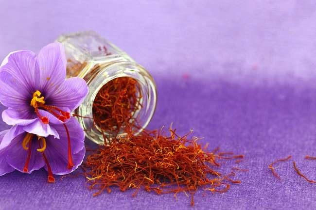 Ini Manfaat Saffron Bagi Kesehatan - Alodokter