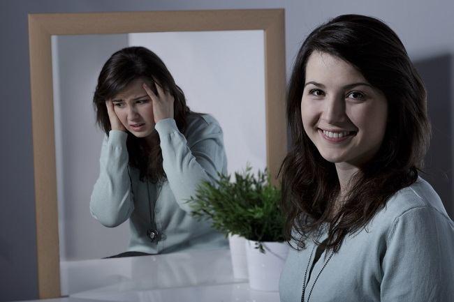 Perbedaan Bipolar dengan Moody - Alodokter