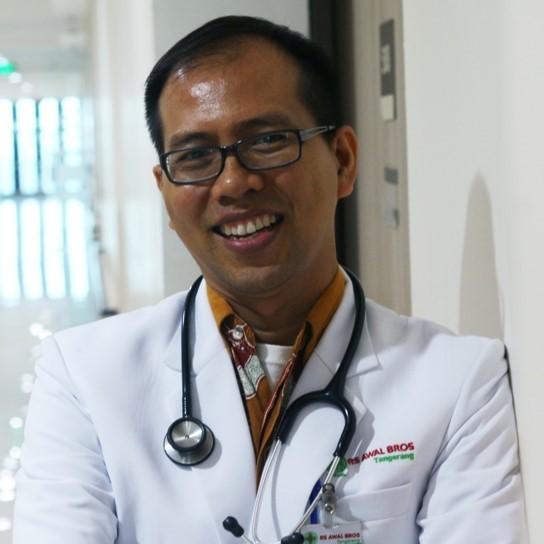 dr. Firman Hendrik, Sp.S