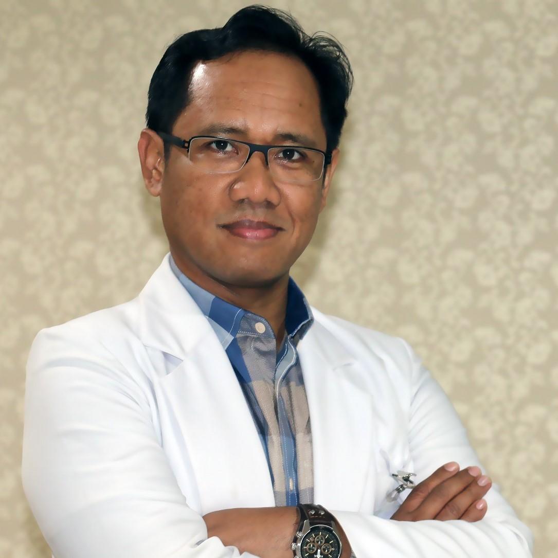 dr. M. Taufiq, Sp.OT