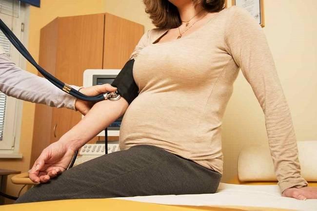 Bumil, Ketahui Penyebab dan Bahaya Darah Tinggi Saat Hamil - Alodokter