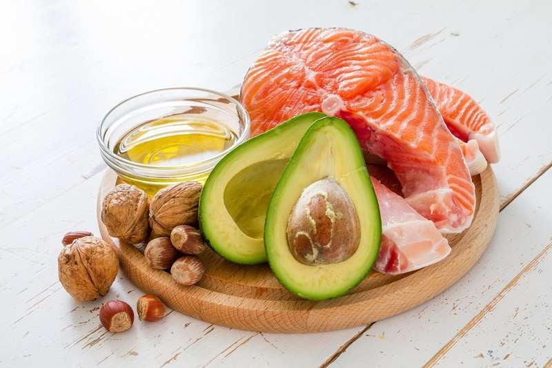Deretan Makanan Berlemak Tinggi yang Baik untuk Kesehatan - Alodokter