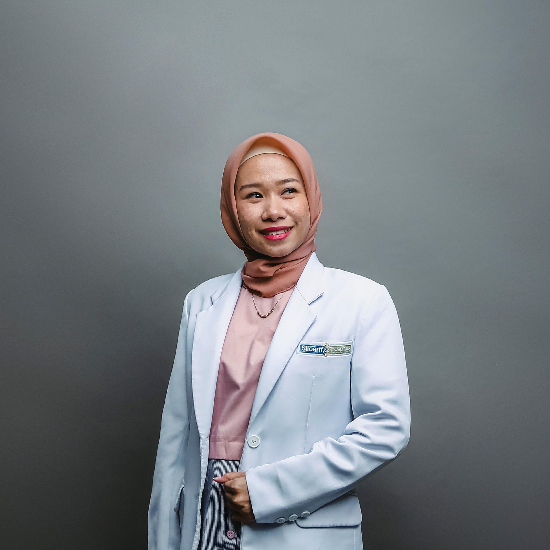 drg. Deta Putri Futuhat, Sp.KGA