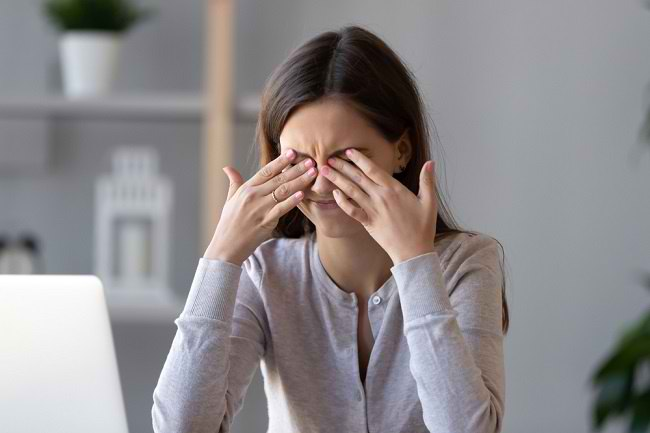 Penglihatan Menurun Setelah Melahirkan, Mungkin Ini Penyebabnya - Alodokter