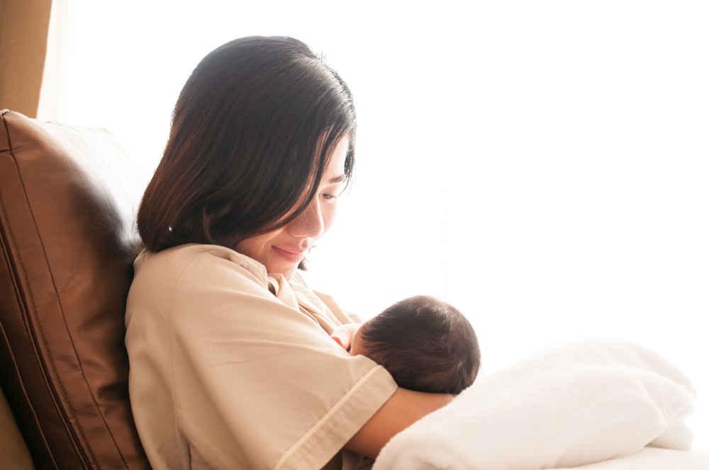 Pemberian Makanan dan Perawatan Bayi selama Pandemi COVID-19