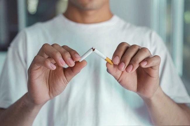 Benarkah Vape Menurunkan Bahaya Rokok Tembakau? - Alodokter