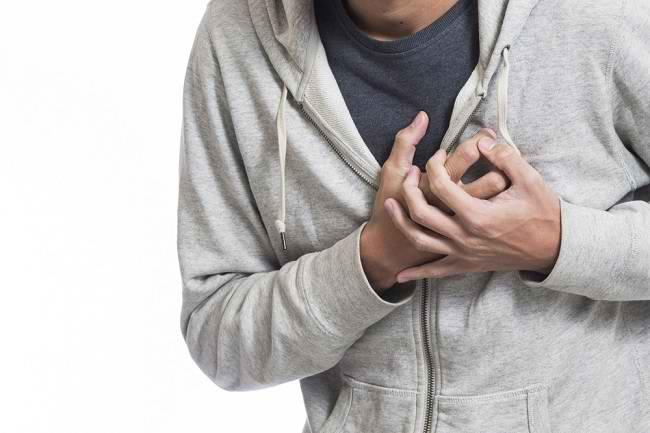 Ketahui Perbedaan Serangan Jantung dan Gagal Jantung - Alodokter