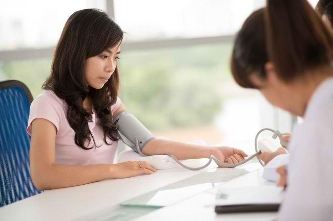 Ketahui Nilai Tekanan Darah Normal Wanita - Alodokter