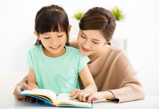 8 Langkah Membuat Anak Cerdas - Alodokter