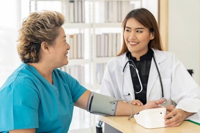 Ketahui Tekanan Darah Normal Menurut WHO - Alodokter