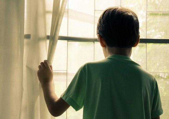 Tips agar Anak Tidak Bosan di Rumah Selama Pandemi COVID-19 - Alodokter