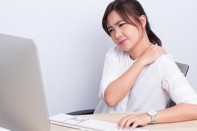 Berbagai Penyebab Sakit Pundak dan Cara Mengatasinya - Alodokter