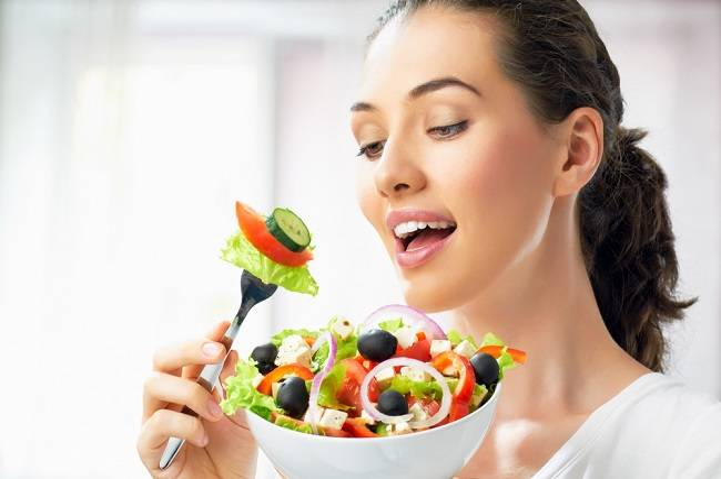 Tidak Perlu Vitamin Penggemuk Badan, Ini Cara Aman Menambah Berat Badan - Alodokter