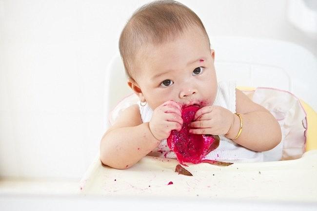 Perhatikan Hal Ini Sebelum Menerapkan Baby Led Weaning - Alodokter