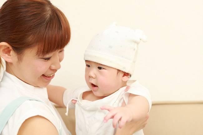 Perhatikan Hal Ini Sebelum Memilih Babysitter - Alodokter