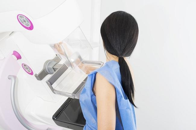 Deretan Skrining Kesehatan untuk Wanita yang Perlu Dilakukan - Alodokter