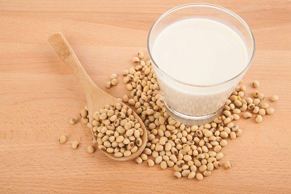 Manfaat Susu Kedelai bagi Kesehatan - Alodokter