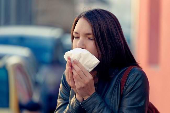 Atasi Batuk Tak Kunjung Sembuh dengan Obat Ini - Alodokter