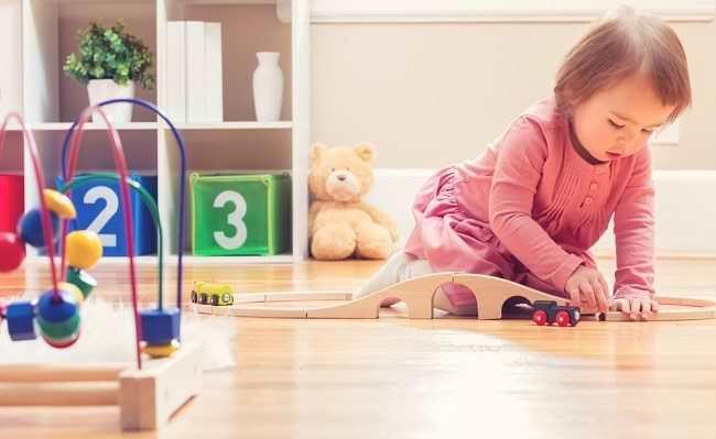 Kenali Penyebab Keterlambatan Perkembangan Motorik pada Bayi dan Tanda-tandanya - Alodokter