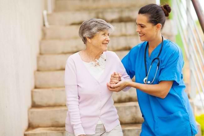 Mengenal Sindrom Geriatri pada Lansia dan Penanganannya - Alodokter