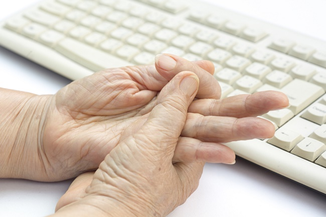 Memahami Paralisis dan Penyebab yang Mendasarinya - Alodokter