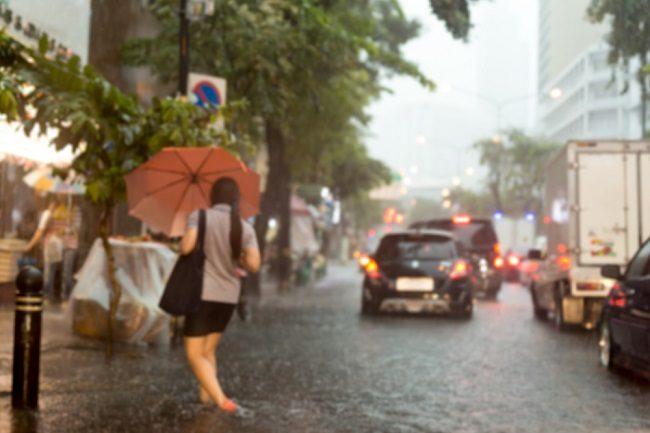 Agar Tak Praktis Sakit, Ini Cara Meningkatkan Imunitas Tubuh di Musim Hujan dan Banjir - Alodokter