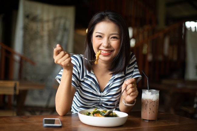 Pilihan Menu Makan Malam Sehat dan Lezat - Alodokter