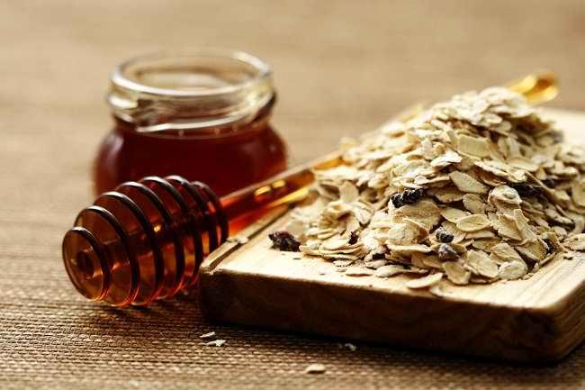 Beragam Manfaat Oatmeal untuk Wajah - Alodokter