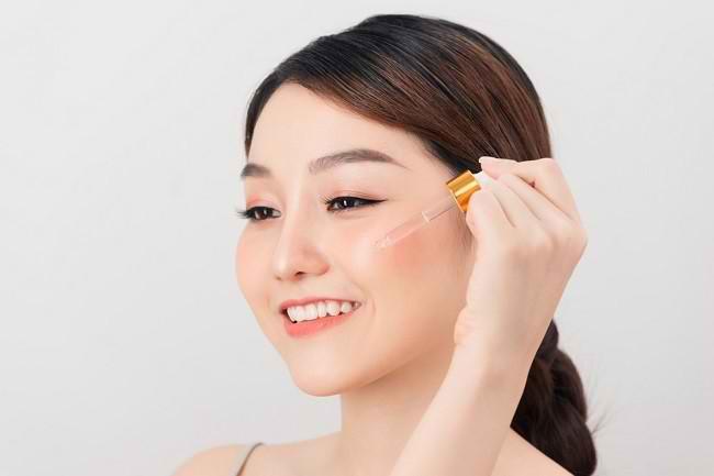 Manfaat Serum Vitamin C untuk Kulit Wajah - Alodokter